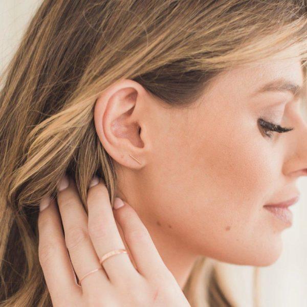 14K Gold Skinny Midi Bar Earrings