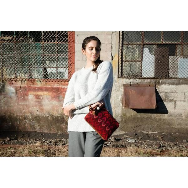 red clutch bags