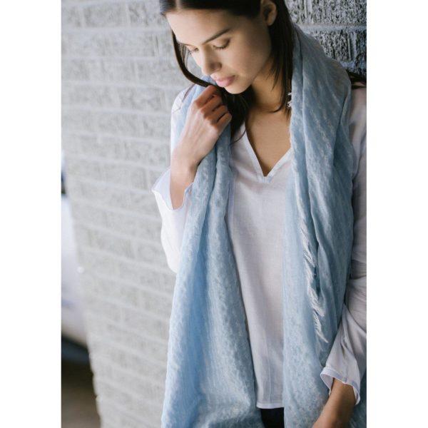 blue leher scarf